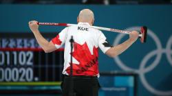 Le Canada échappe les médailles en curling par