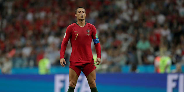 Nemmeno la condanna e la maxi-multa fermano Cristiano Ronaldo, tripletta alla Spagna
