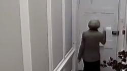 El aplaudido anuncio sobre Theresa May llegando a casa que refleja lo que todo el mundo