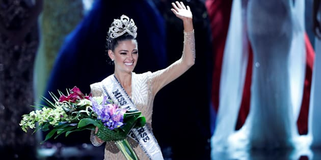 Miss South Africa Demi-Leigh Nel-Peters waves after being crowned Miss Universe during the 66th Miss Universe pageant at Planet Hollywood hotel-casino in Las Vegas, Nevada, U.S., November 26, 2017.