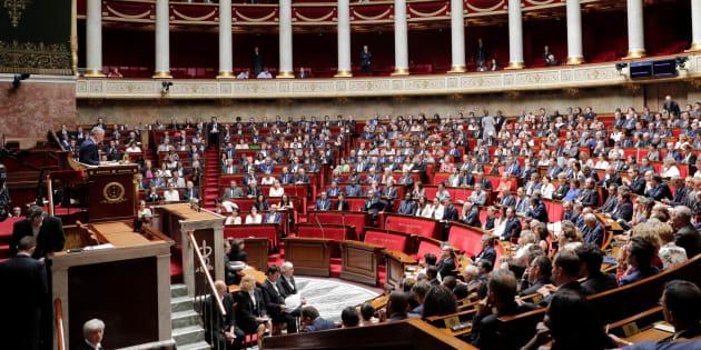 Des députés envisagent de boycotter le congrès de Macron.