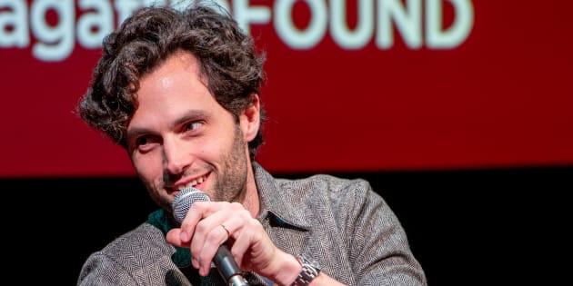 "Penn Badgley interrogé sur sa nouvelle série ""You"" à New York le 16 octobre"