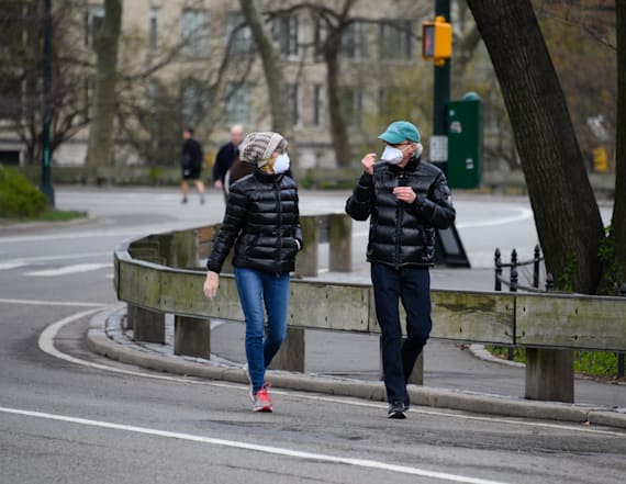 NYC virus deaths top 1,000 as city preps for worse