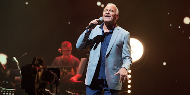 """Michel Fugain en a assez des télé-crochets. Ce 1er février, le chanteur s'est confié dans les colonnes de La Provence pour dire, encore une fois, tout le mal qu'il pense de l'émission phare de TF1, """"The Voice""""."""