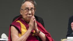 La storia commovente del Dalai Lama e del bambino che attende una risposta, da tutti