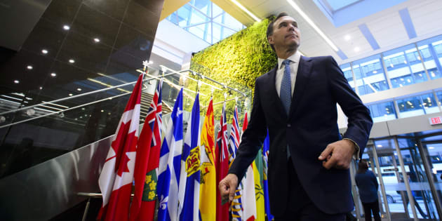 Finance Minister Bill Morneau makes his way to a meeting with his provincial and territorial counterparts in Ottawa on Dec. 10, 2018.