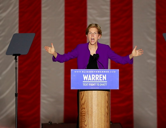 Elizabeth Warren holds her biggest rally to date