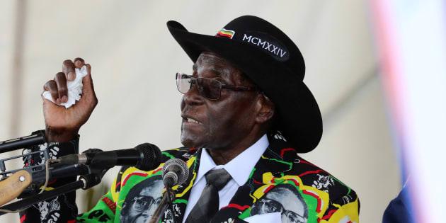 President Robert Mugabe speaks to supporters gathered to celebrate his 93rd birthday at Matopas near Bulawayo, Zimbabwe, February 25, 2017. REUTERS/Philimon Bulawayo