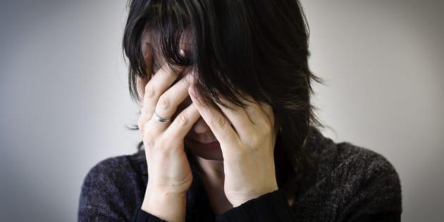 Ces crises sont provoquées par ton horloge qui se détraque et te tire du cortisol.