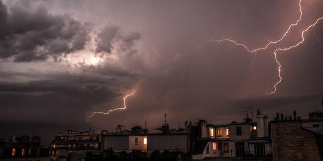 Orages: Météo France place 36 départements en vigilance orange orages.