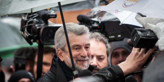 """""""Faccio un passo indietro e appoggio Zingaretti"""""""