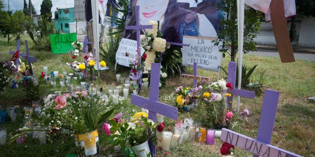 Pancartas para exigir justicia y castigo a los responsables por varios asesinatos de mujeres en Ecatepec, colocadas en calles de la colonia Jardines de Morelos.