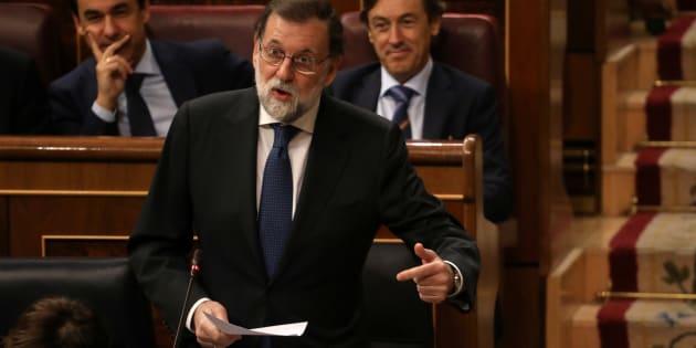 Gouvernement, police, médias... comment Madrid veut mettre sous tutelle la Catalogne
