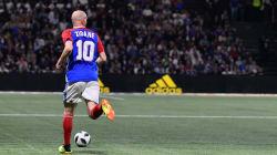 Zidane e Henry sono ancora capaci di fare cose del