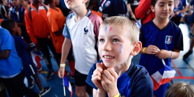 France-Croatie en finale de la Coupe du monde: Quelques astuces pour ne pas perdre votre enfant dans la foule.