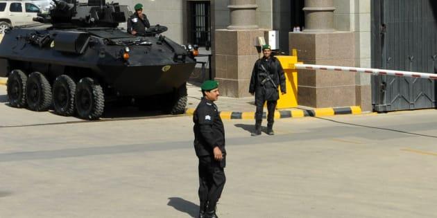 Un palais royal saoudien attaqué par un homme armé, deux gardes tués.