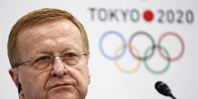 AOC supremo John Coates has been re-elected president of Australia's top sporting body.