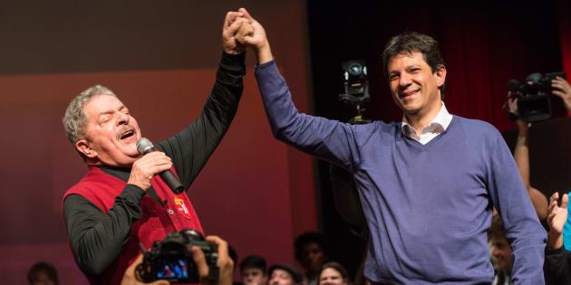 Na nova composição da chapa, o ex-prefeito de São Paulo deixa a candidatura a vice, que passa a ser assumida por Manuela D'Ávila, do PCdoB.