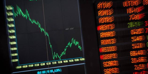 Crise politique au Brésil: la Bourse de Sao Paulo suspendue après une chute de plus de 10%