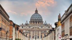 Arrestation pour pédophilie au Vatican d'un prêtre