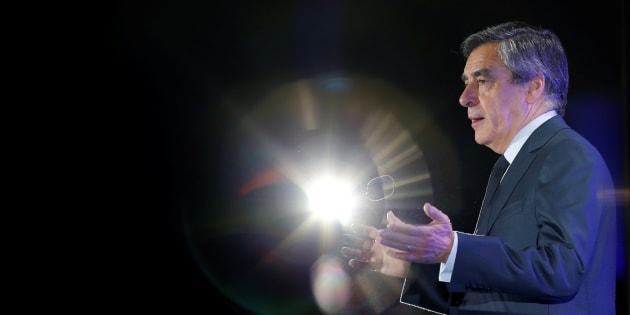 Quoi qu'il arrive, François Fillon peut se maintenir pour le meilleur et pour le pire