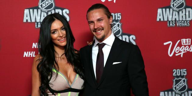 Photo d'archives d'Erik Karlsson (droite) et de sa femme Melinda.