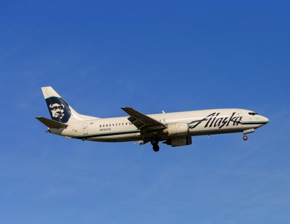 Woman dies on Alaska Airlines flight