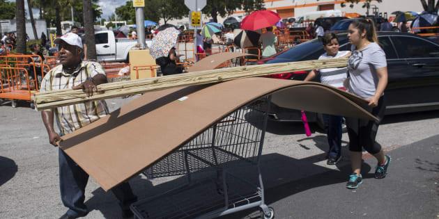 """Irma: Un million d'Américains se préparent à l'arrivée de l'ouragan """"réellement destructeur"""""""