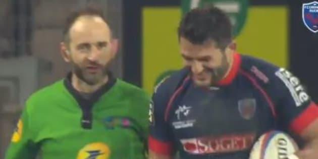 """Magie du rugby: Romain Poite a viré son """"patron"""" Fabrice Estebanez en plein match de Top 14"""