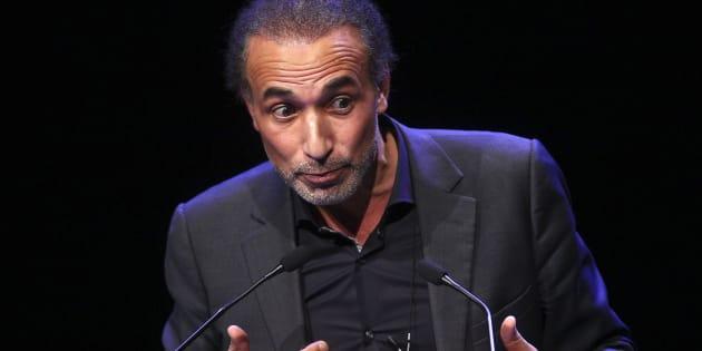 Tariq Ramadan le 7 février 2016 file photo à Lille, lors d'une intervention.