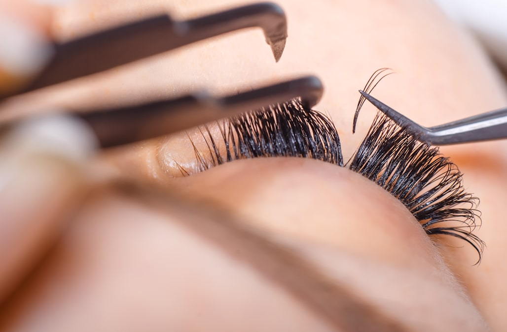 4 Must Have Products For Taking Care Of Your Eyelash Extensions
