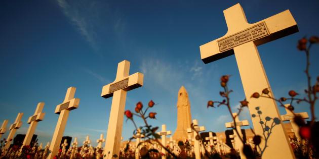 """""""Le 11 novembre pour la France, c'est le souvenir d'une victoire chèrement acquise par un peuple en armes levé pour la défense de sa patrie."""""""