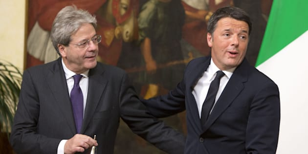 ROME, ITALY - DECEMBER 12: Former Italian Prime Minister Matteo Renzi (R) welcomes new Italian Prime Minister Paolo Gentiloni (L) at Chigi Palace government office in Rome, Italy on December 12, 2016. (Photo by Riccardo De Luca/Anadolu Agency/Getty Images)