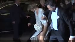 Alle nozze di Cracco si strappa il vestito della sposa, che reagisce