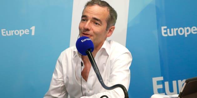 """Franck Ferrand quitte Europe 1 où il animait les émissions """"Au coeur de l'histoire"""", """"Retour aux origines"""" et """"Un jour dans l'Histoire""""."""