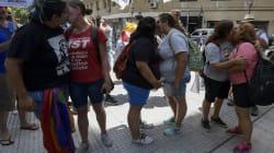 O 'beijaço' das mulheres contra homofobia em Buenos