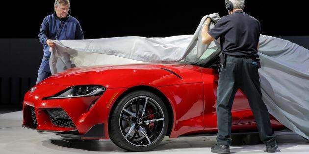 デトロイトモーターショー2019で世界初公開されたトヨタ・スープラの新型モデル
