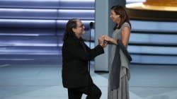 La proposta di matrimonio del regista Weiss è il momento più romantico degli