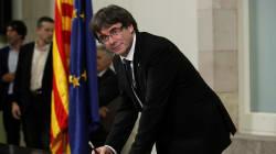 Carles Puigdemont suspend pendant deux mois l'indépendance de la Catalogne pour