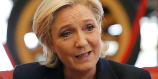Marine Le Pen en déplacement en Bretagne pendant l'entre-deux tours de la présidentielle.