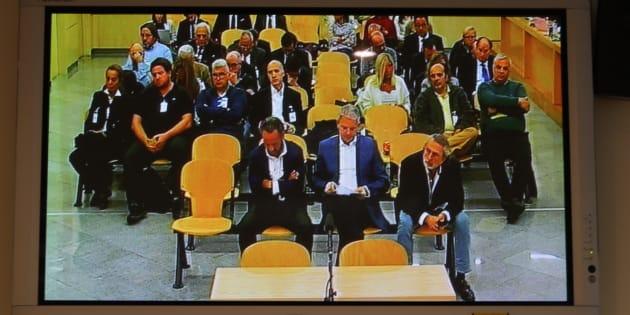 Vista de un monitor de la sala de prensa de la Audiencia Nacional donde las fiscales emiten hoy su informe en el caso Gürtel.