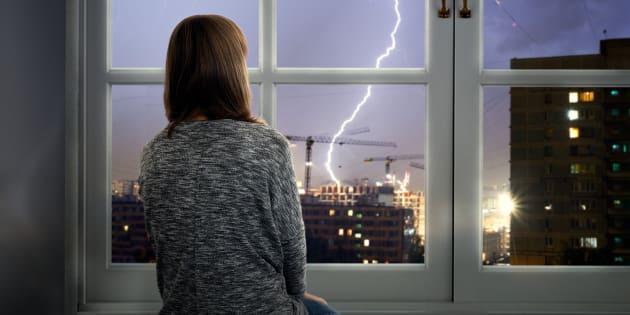Face aux orages en France et à l'angoisse qu'ils suscitent, la méditation est une précieuse alliée