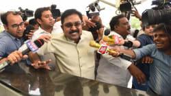Delhi Police Arrests Hawala Operator Naresh Jain In TTV Dinakaran Bribery