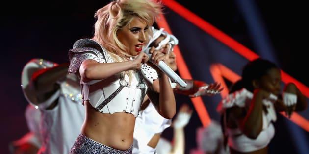 Lady Gaga à la mi-temps du Super Bowl 2017 à Houston.