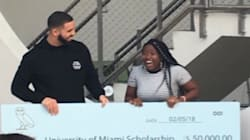 Drake surprend des élèves avec un concert-surprise et une bourse de 50 000