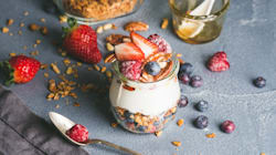 Short On Time? Here Are 8 Healthy On-The-Go Breakfast