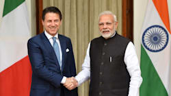 Conte in India, accolto con il