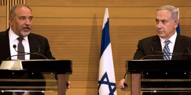 Israele, Lieberman dichiara guerra a Netanyahu: dove volano