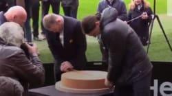 Même à deux, Rooney et Zlatan n'arrivent pas à couper ce