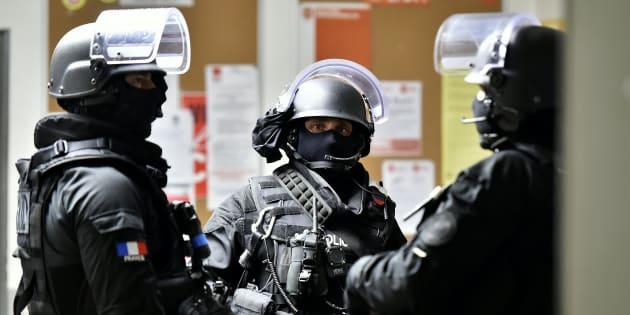 Des policiers du Raid lors d'un exercice en avril 2016 à Bordeaux